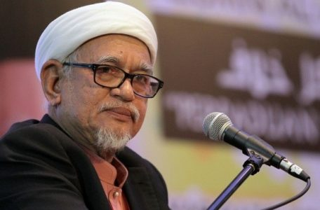 3 330 456x300 - PAS in Turmoil. PAS in Disarray. At the Centre: Abdul Hadi Awang