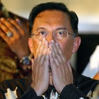 anwar ibrahim h 200 200 - Paying the Price for Choosing Back-Room Deals over Common Policies
