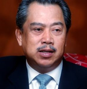 muhyiddin yassin 294x300 - Beyond GE13, Language Will Remain No Barrier to Quality Education