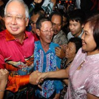 najib razak chinese community 200 200 - How Najib Connects with All-Important Undecided Chinese Voters