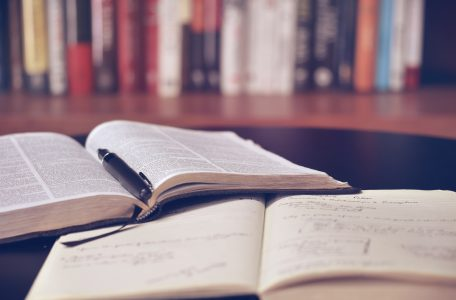 aaron burden QJDzYT K8Xg unsplash 456x300 - How to Study Effectively
