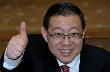 190225094344guan eng thumbs up 456x300 - Guan Eng Turns Comedian … But No One Laughs