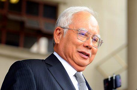 TMRAMN15041911 456x300 - Get ready! Najib has used the V-word